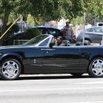 Slavenā aktiera Edija Mērfija garāžas iemītnieki – Rolls Royce Phantom Drophead Coupe un citi zvēri!