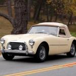 Vēl viens Jaguar ''radagabals'', konkurents -Swallow Doretti automobilis