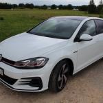 Volkswagen Golf GTI videoapskats – auto, kuru grib apdzīt pat pārkrauts baļķvedējs!