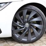 Cīnīties par sakārtotu auto nozari var dažādi… Vācija gatava stimulēt jaunu automobiļu iegādi ar 10 000 eiro!