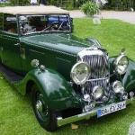 Autobūves vēsture – stāsts par britu sacīkšu zaļās krāsas Armstrong Siddeley automobili!
