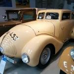 Autobūves vēstures lapaspuses – pirmais čehu pludlīnijas automobilis Wikov 35 Kapka.