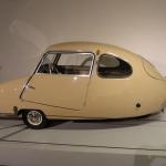 Auto vēstures rubrikā: Trīsriteņu burbulis Fuldamobil Bambino 200.