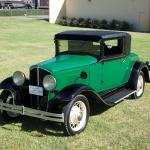 Arī viendienīšiem ir vieta vēsturē! Stāsts par De Vaux automobiļu ražotāju no ASV!