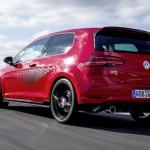 Veikalos nonāk Volkswagen Golf GTI TCR  ar 290 zirgspēku jaudu. Tajā skaitā arī Latvijā!