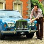 Zvaigžņu auto rubrikā : Dziedātāja Engelberta Hamperdinka īpašās auto numurzīmes.