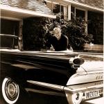 ''Supermena'' automobiļa izvēle –Oldsmobile Super 88 kabriolets!
