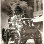 Kūpošais seno laiku tvaika ugunsdzēsēju auto no ASV Amoskeag, kas ražots 1871 gadā !