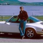 Melnbaltā kino zvaigznes Roberta Mičema automobiļi dzīvē un filmā!