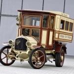 Autobusa biļete uz vēsturisko reisu pa Saurer markas dzīves takām!