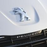 Peugeot saņēmis franču autožurnāla balvu kā tehniski uzticamāko automobiļu marka