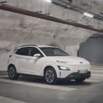 Jaunajam Hyundai Kona Electric ir mūsdienīgs ārienes dizains, kas simbolizē tīru elektrisko mobilitāti