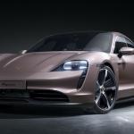 Porsche Taycan sporta sedanu saimei pievienojas ceturtā modeļa versija