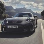 Porsche laiž klajā jauno 911 GT3 ar Touring pakotni. Cena sākot no 172 850  eiro!