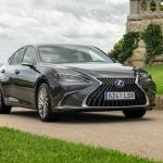 Jaunais Lexus ES 300h Latvijā gaidāms jau novembrī
