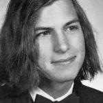 Tieši pirms 10 gadiem mūs pameta Apple dibinātājs Stīvs Džobs. Cik daudzi no mums viņu vēl atceras?