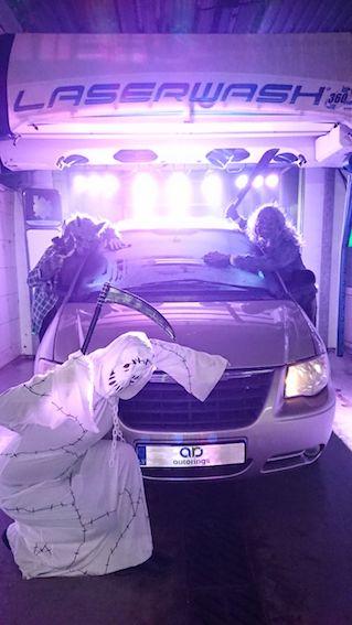 AUTODROMS izmēģina LASER WASH bezkontakta automazgātavu! Gaismas šovs + tīrs auto!