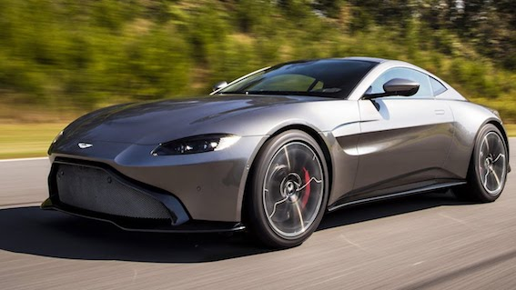 Milžu cīņas - kašķis starp Rolls-Royce bosu un Aston Martin dizaineri.