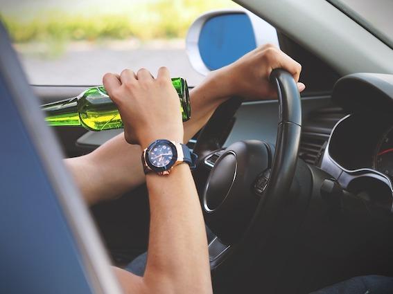 Lielākās valsts lielākie parādnieki ir autovadītāji - gada laikā nenomaksāti sodi teju pus miljarda apjomā!