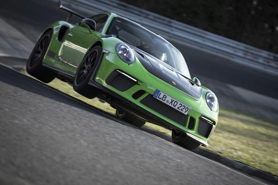 """Jaunais 911 GT3 RS """"Zaļajā ellē"""" sasniedz apļa laiku 6 minūtes 56,4 sekundes"""