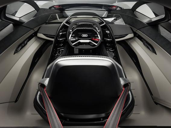 Audi prezentē dizaina un tehnikas koncepta automašīnu - PB18 e-tron