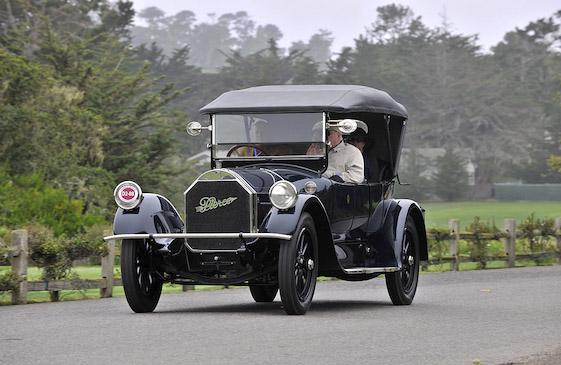 Te pat, tuvējā Eiropā izvēle vēl nebija tik liela. taču šis Pierce Arrow Model 48 liek saprast, ka Eiropa Amerikai daudz parādā nav palikusi. Elegants automobilis ar sešu cilindru motoru un 48 zirgspēku jaudu. Interesanti, ka šis modelis bijis pieejams pat veselos 14 virsbūves veidos un modifikācijās! Droši vien darbs auto vēstures aprakstniekiem...