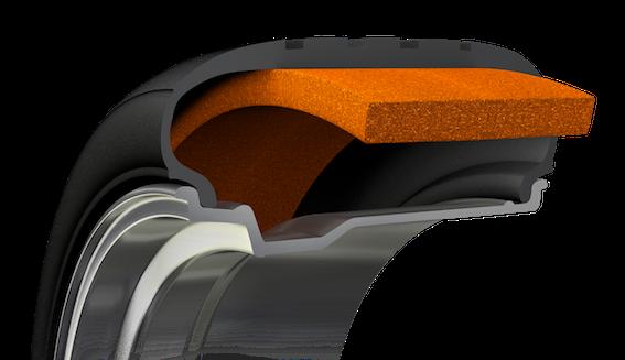 Goodyear jaunā trokšņu slāpēšanas tehnoloģija SoundComfort