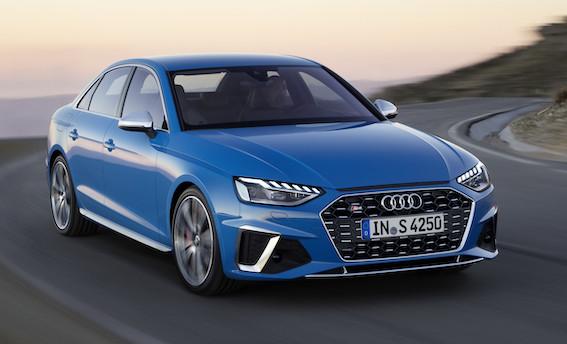 """Audi A4 piedzīvojis atjauninājumus - tas kļuvis vēl sportiskāks un ticis pie lielāka """"bakstāmā"""" ekrāna"""