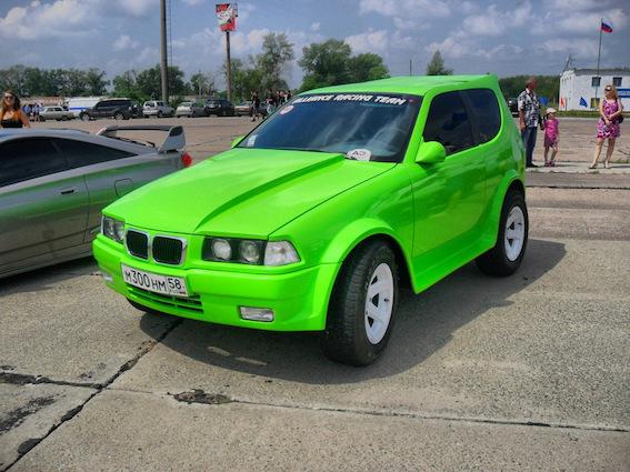 Uzminiet - kas šis BMW krosovers bijis iepriekšējā dzīvē? Visnotaļ dzīvespriecīgs jauniešu auto!
