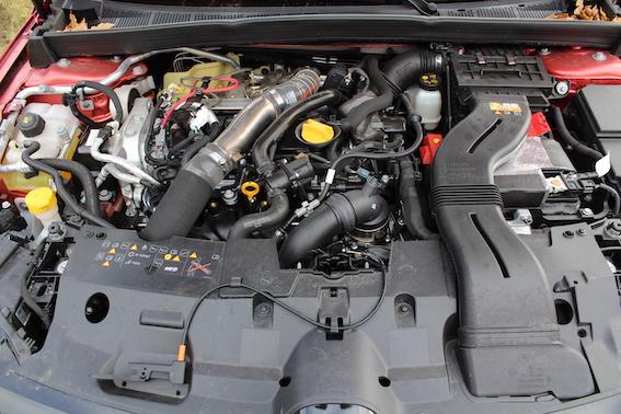 """AUTODROMS izmēģina - Renault Megane R.S. Trophy! Kad """"lecīgie"""" paliek aizmugures skata spogulīšos!"""