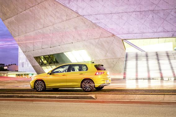 Nu ko - jaunais, nu jau astotās paaudzes, Volkswagen Golf ir klāt. Vai gandrīz klāt!