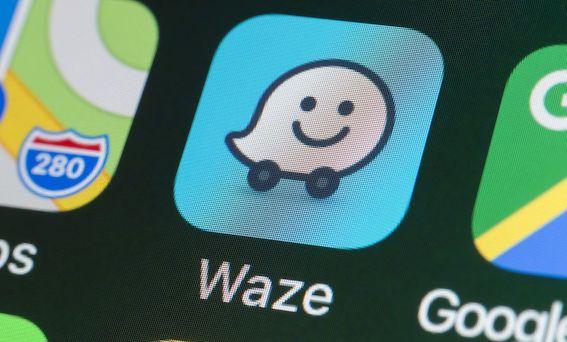 """Autoceļu uzturētājs 64 procentus ziņojumus par notiekošo uz valsts autoceļiem saņem ar """"Waze"""" starpniecību"""