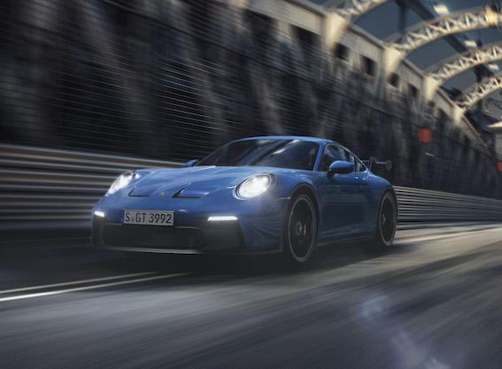 Sacīkšu auto ikdienas braucieniem - Porsche nāk klajā ar 911 GT3 piekto versiju