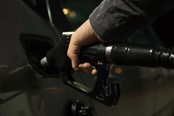 Latvijā ir 33. vietā visā pasaulē pieejamākās degvielas cenas sarakstā. Pavisam apkopotas 37 valstis!