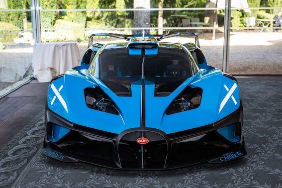Parīzē nominēts pats skaistākais sporta automobilis pasaulē. Un tas nav 2005. gada Volvo XC90...