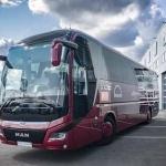 MAN koncerns rada Latvijas simtgadei veltītu autobusu. Patriotiski un mīļi!