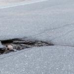 Pētījums: 62,1 procents uzņēmēju negatīvi vērtē ceļu stāvokli un transporta kvalitāti