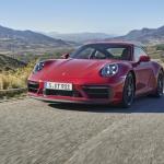 """Sportisko """"Porsche 911 GTS"""" saimi papildina pieci jauni modeļi"""