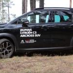 Jūlijā jauno auto deficīts un lietotu elektrisko braucamrīku rekords